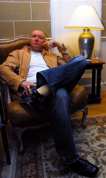 03-irvine-welsh-sitting