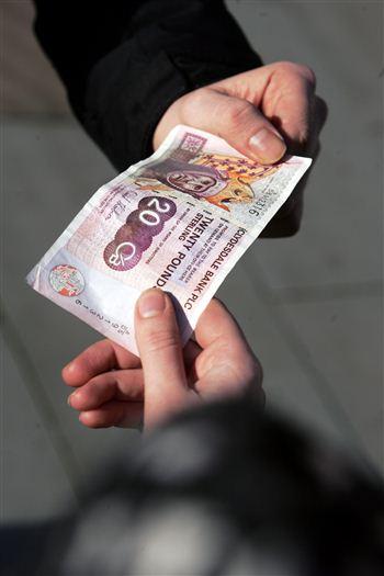 fakebanknotes1