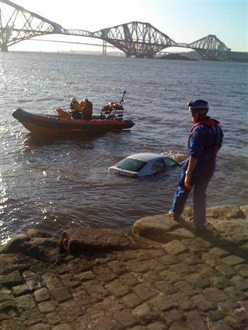 Robert Wilson - Car in Water