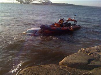 Robert Wilson - Car in Water 2