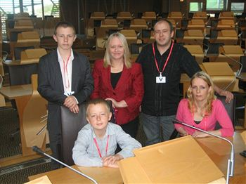 The McLaughlin family (left to right, Ryan, Darren, Alan and Kirsten) meet Cathy Jamieson (centre) at the parliament