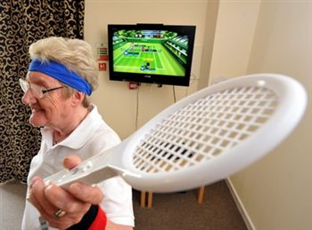 Granny Tennis