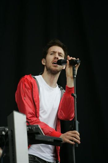 01 calvin harris at T in the park