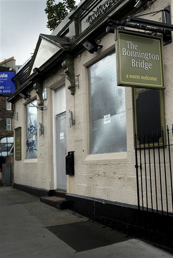 Bonnington Bridge Bar