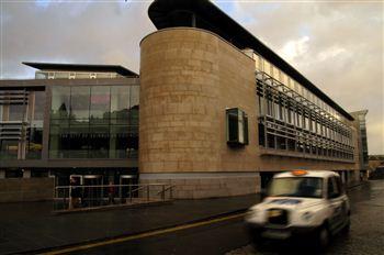 Council Building004