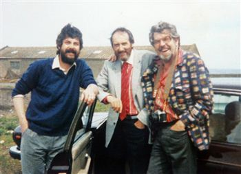 Alistair Hamilton, John Bellany and Rolf Harris at Port Seton harbour