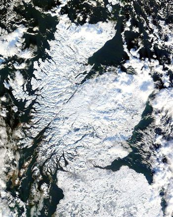 Up to date satellite images