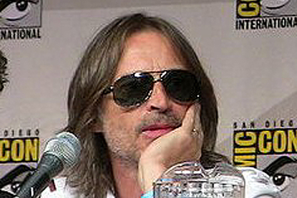 Robert Carlyle will give up coffee for 40 days