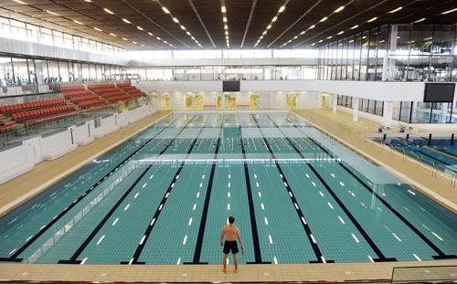 Royal Commonwealth Pool Splashes Back Into Action Deadline News
