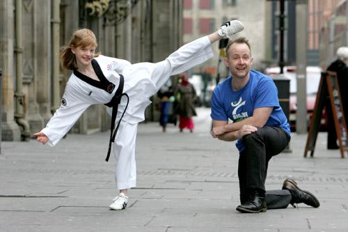 LOTR's Billy Boyd helps set martial arts record - Deadline News