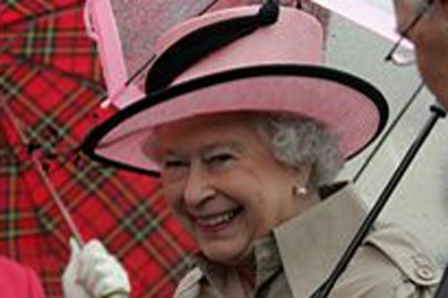 The queen could soon be bathing in water heating 1.5 miles below ground
