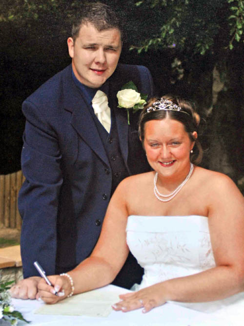 Lauren on her wedding day with husband Gavin