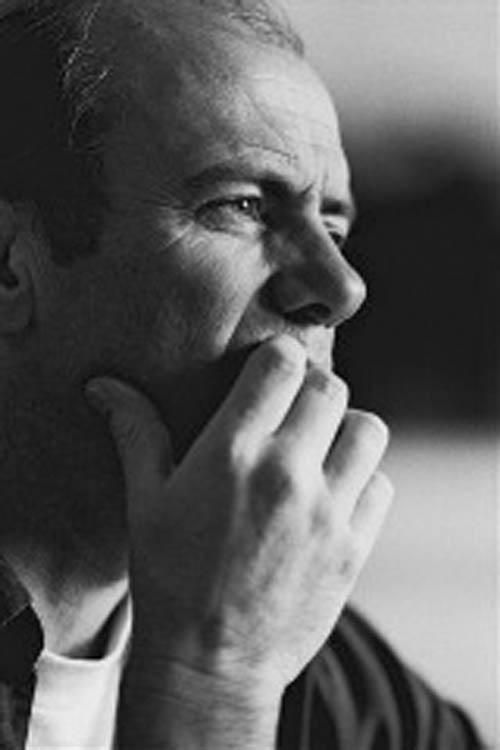 Director Robert Rae