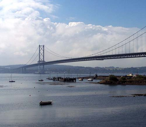 The Forth Road bridge has been kicking up a stink (Pic: Mike Lawrence)