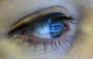 facebook eye 2