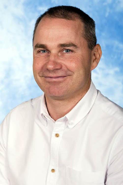 Dr Neil Havis