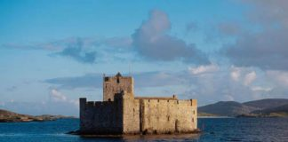 Kisimul Castle in Birlinn. By Deadline News, Scotland's leading press agency- Scottish News