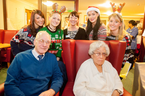 Manager Lindsay McCulloch with cast and residents