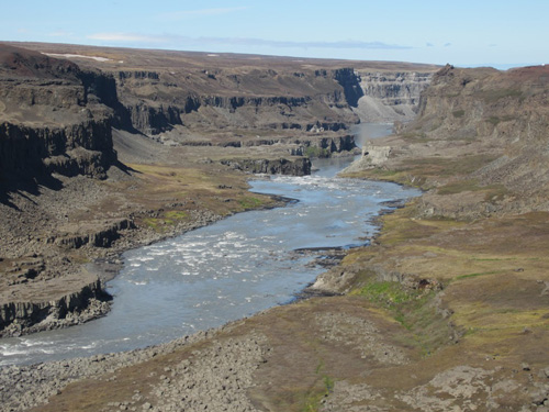 Downstream from Dettifoss credit Edwin Baynes