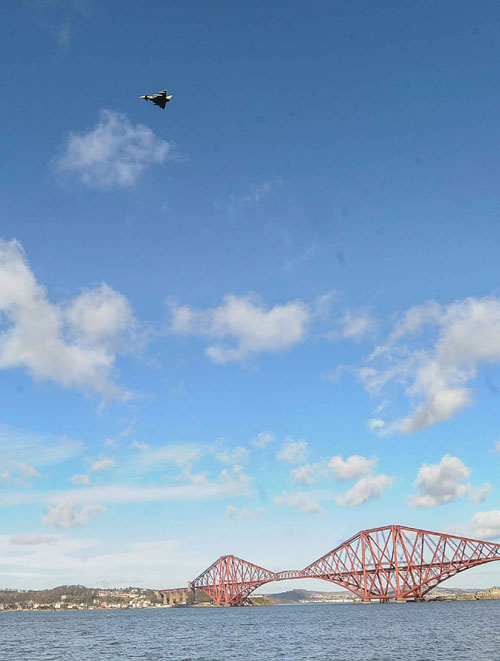 The nearby Forth Bridge attracts far more visitors