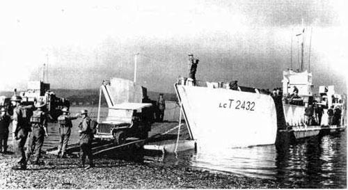 web-HMS_BRONTOSAURUS_DN11