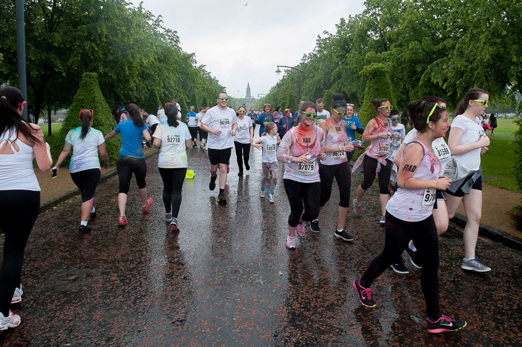 The popular Coulour Me Rad, charity 5K fun run had it's Glasgow leg in Glasgow Green on Sunday, 28th June, 2015. Despite some bad weather, thousands of runners and walkers turned out for a fun day. IN PIC.................  (c) Wullie Marr/DEADLINE NEWS For pic details, contact Wullie Marr........... 07989359845