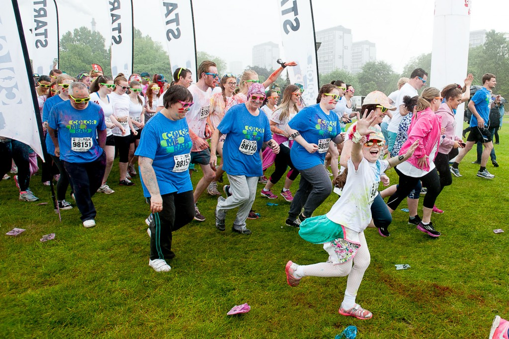 The popular Coulour Me Rad, charity 5K fun run had it's Glasgow leg in Glasgow Green on Sunday, 28th June, 2015. Despite some bad weather, thousands of runners and walkers turned out for a fun day. IN PIC................. Runners at the start of the run. (c) Wullie Marr/DEADLINE NEWS For pic details, contact Wullie Marr........... 07989359845