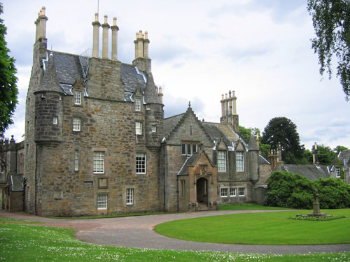Visitors will sketch in and around Lauriston Castle
