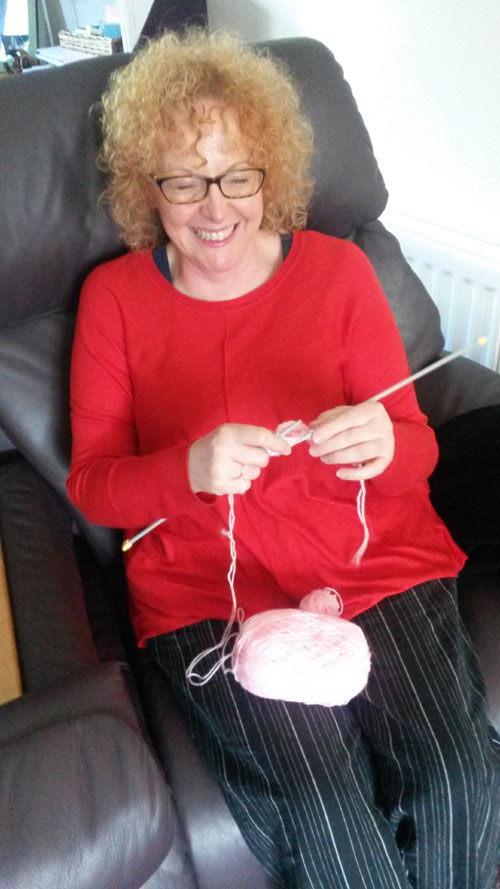 Lynda-Williams-knitting