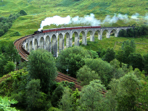 The Glenfinnan viaduct was filmed as part of the Harry Potter series (Picture: Nicolas Benutzer)