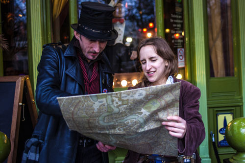 Players will run around Edinburgh's old town, solving clues as they go