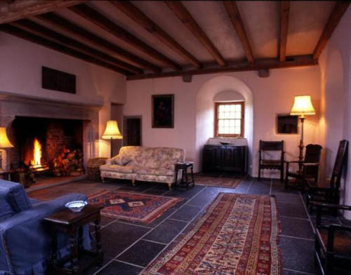 The property includes an open log fire in the Great Hall