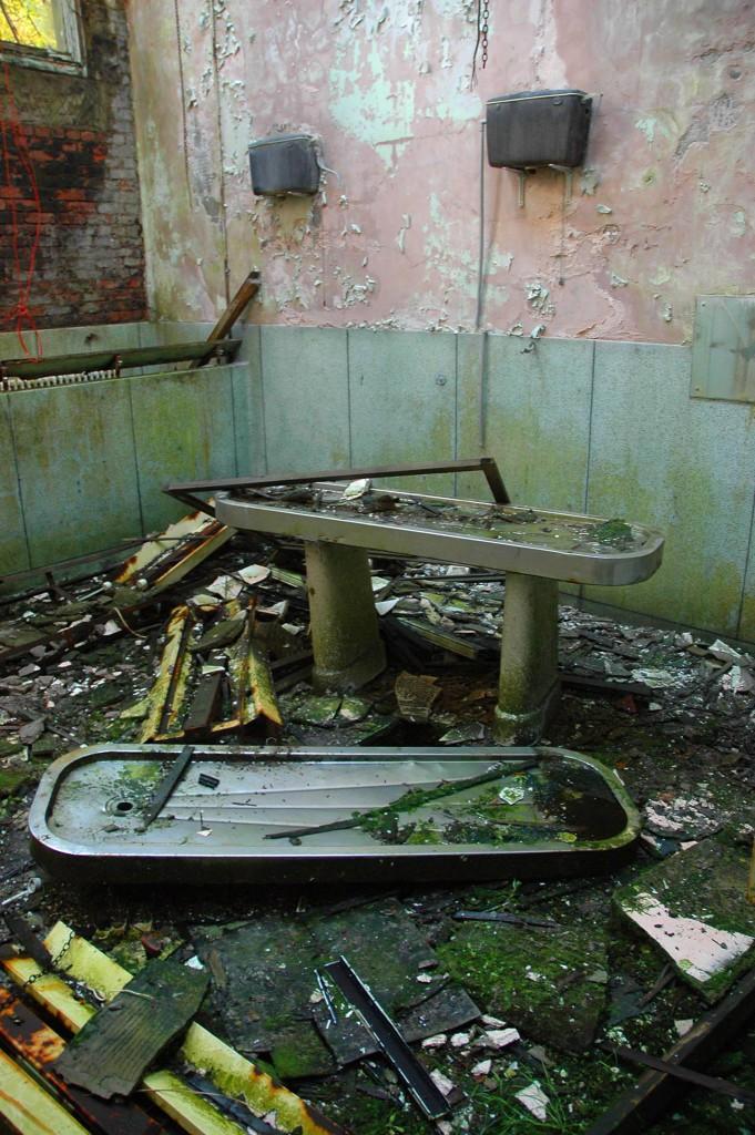 an old surgical sink- Viral News Scotland
