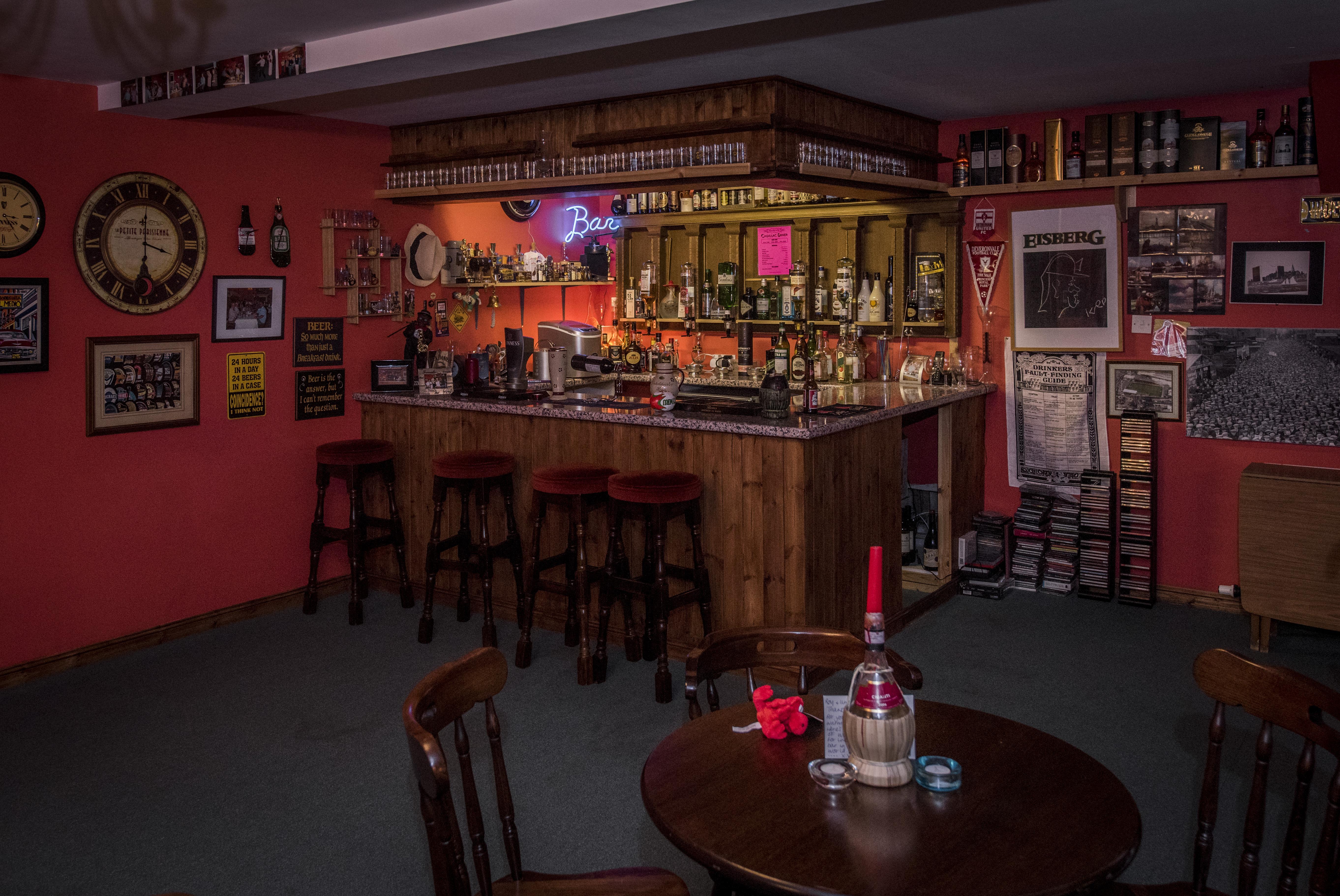 Man Cave Hull : Home decor amazing man cave office mans design ideas
