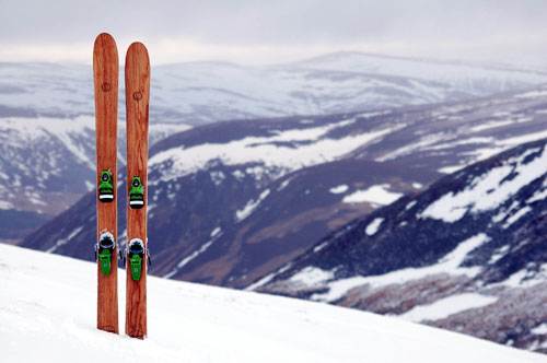 WOODEN_SKIS_DN04