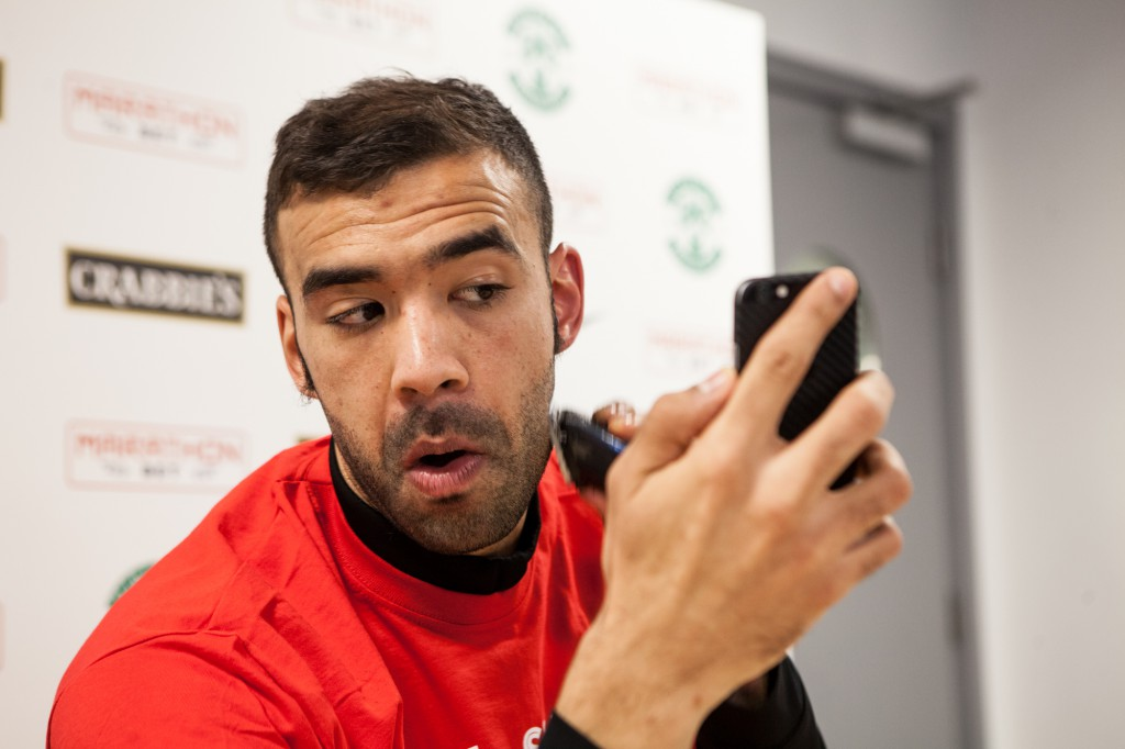LIAM FONTAINE CHARITY BEARD SHAVE-2 (2)
