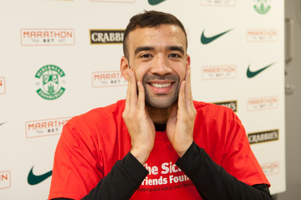 LIAM FONTAINE CHARITY BEARD SHAVE-2 (3)
