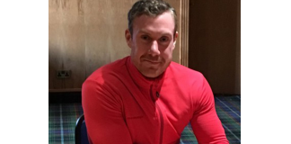 Former Hibs goalkeeper Andy McNeil | Hibs news