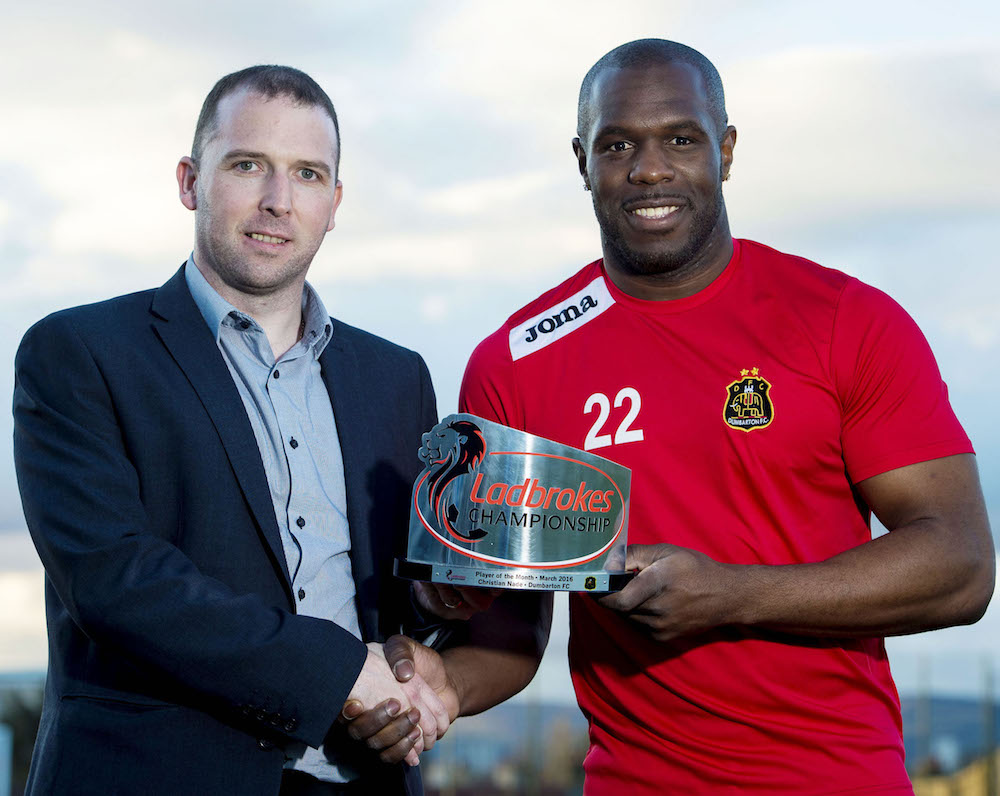 31/03/16 NEW TINTO PARK - GOVAN Dumbarton's Christian Nade is awarded the Ladbrokes Championship Player of the Month Award for March by David McDonald