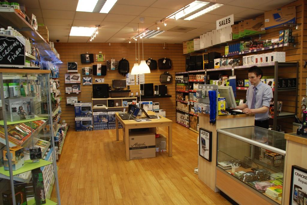 02 SimplyFixIt shop scene