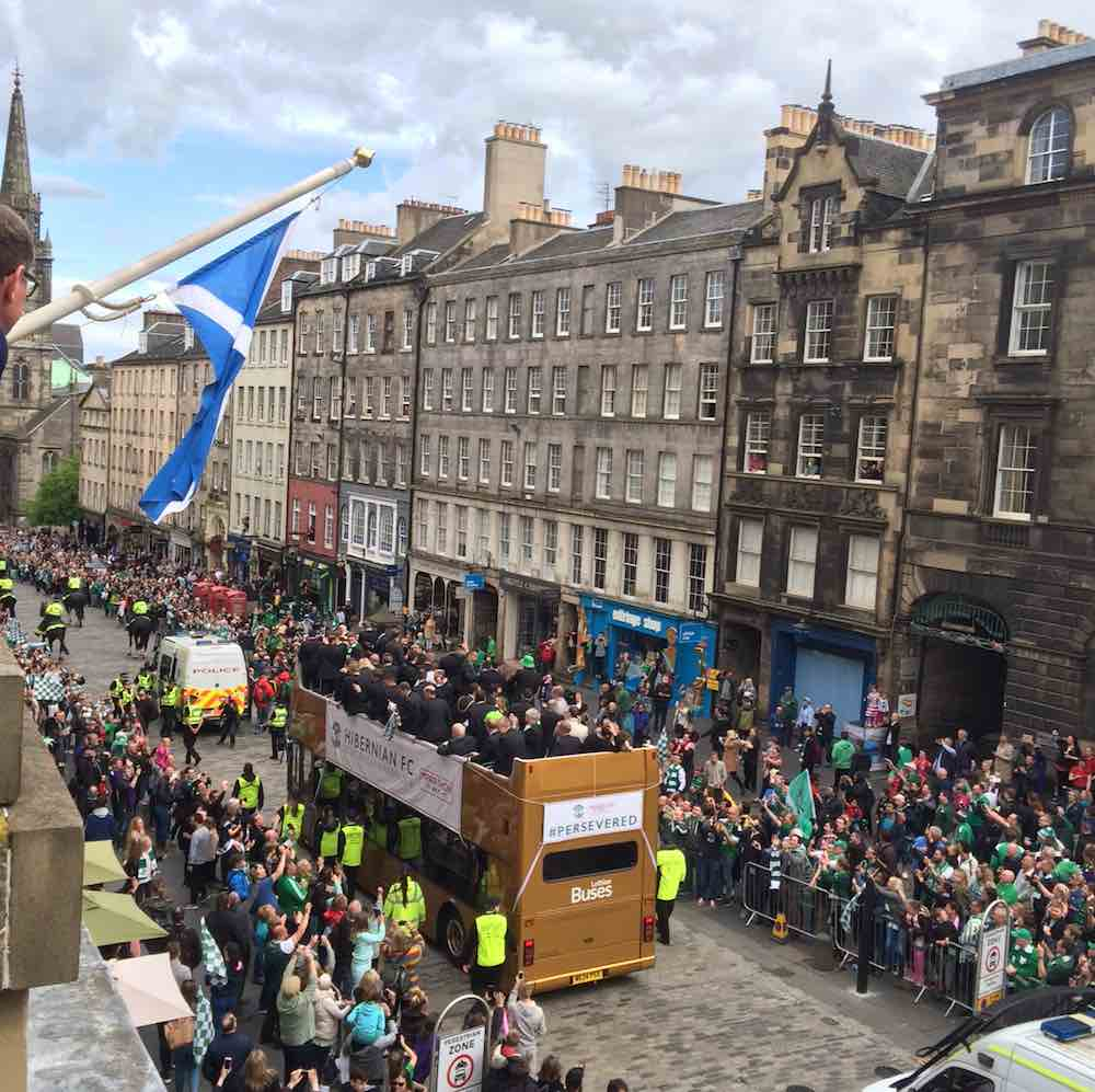 Hibs Bus Parade