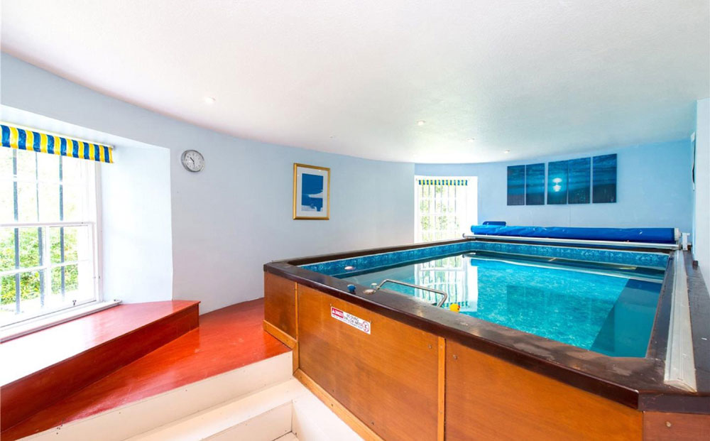 It also comes with an impressive indoor swimming pool