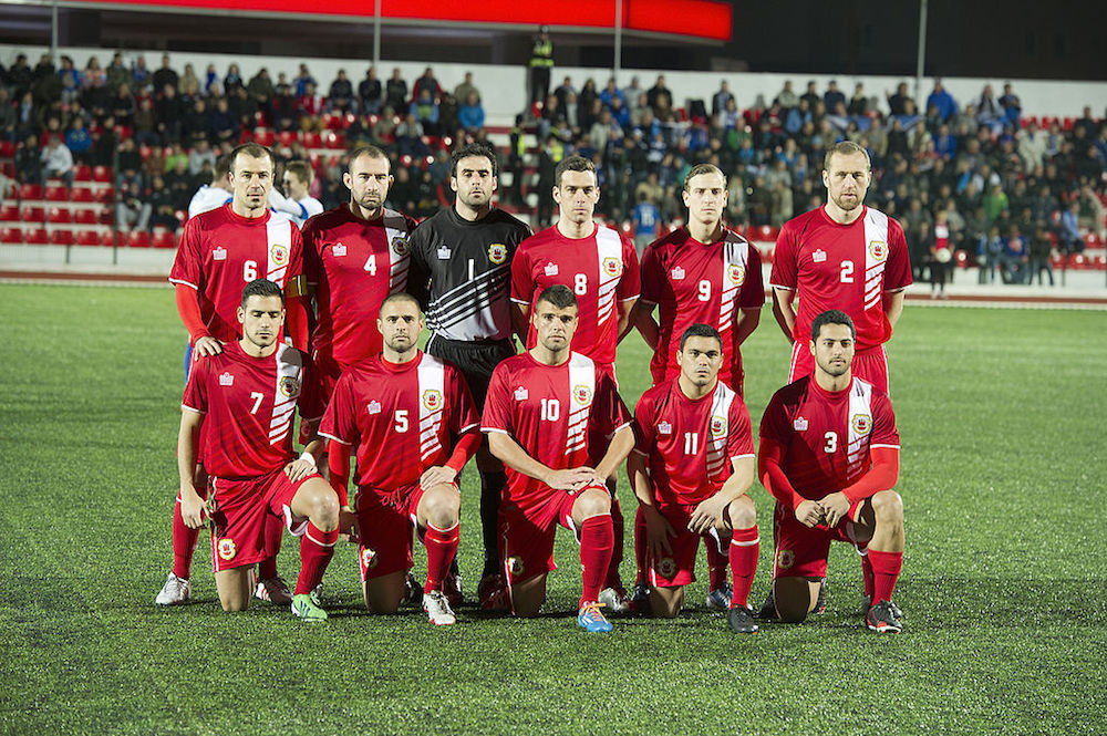 Chipolina (far left on back row) lines up with Gibraltar team (Pic: InfoGibraltar)