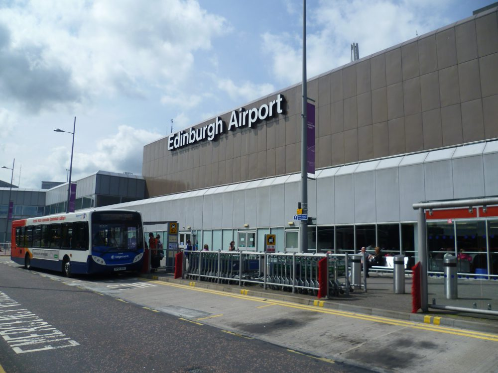 Edinburgh_Airport_Terminal