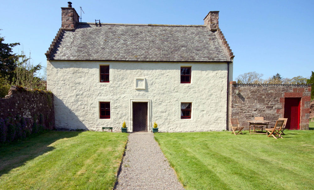 Old Auchentroig cottage