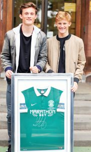 Young Celtic Player, Liam Henderson, has donated a signed Celtic strip to the Edinburgh Sick Kids Friends Foundation to help raise money for the ongoing support of the charity.
