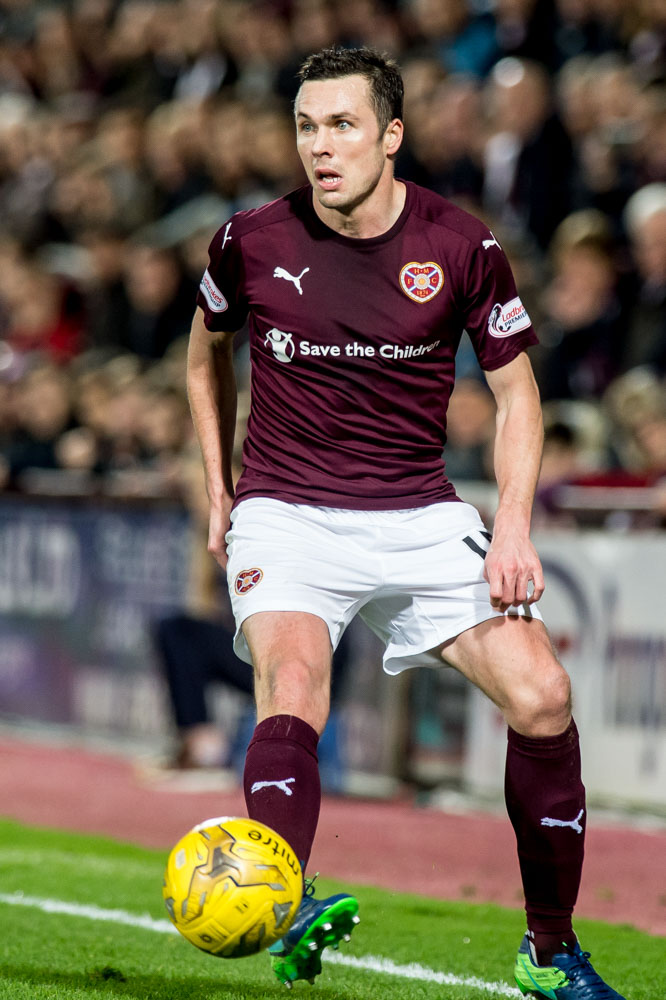 Don Cowie during his time at Tynecastle | Hearts news