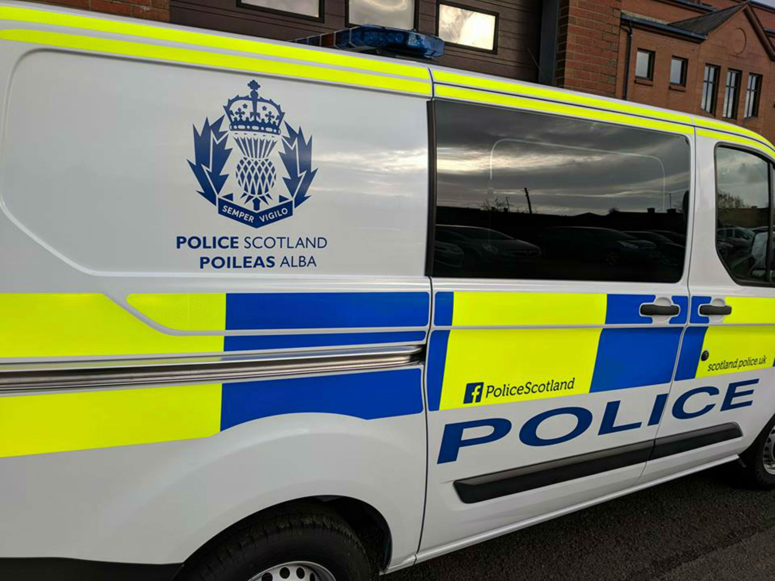24494b558b Police ridiculed for unveiling first Gaelic-branded van – in Dumfries and  Galloway
