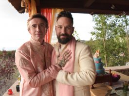 Film review. Steve Coogan and Paul Rudd in Ideal Home