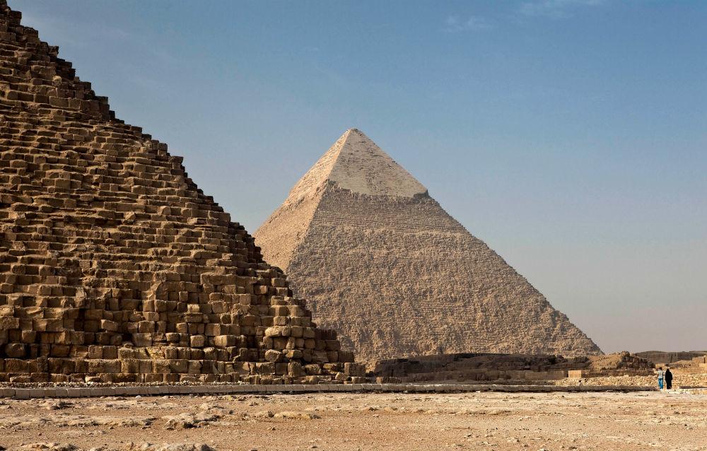 The Pyramids of Giza. Photo by Ricardo Gomez Angel on Unsplash